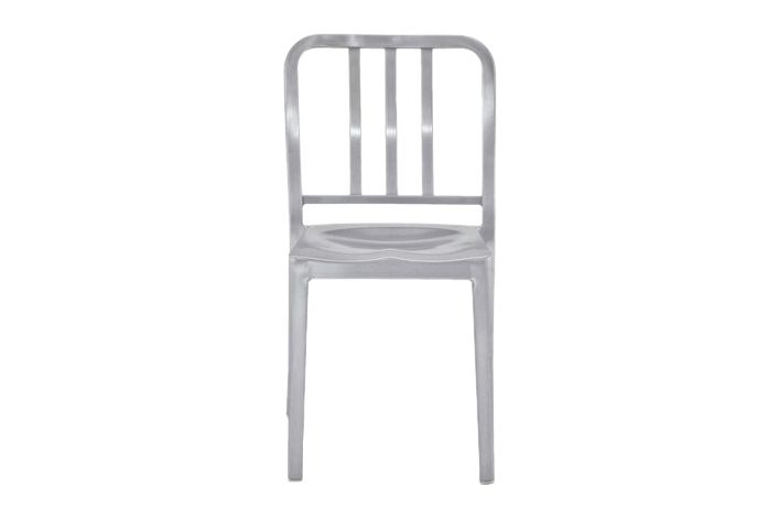 https://res.cloudinary.com/clippings/image/upload/t_big/dpr_auto,f_auto,w_auto/v1606124301/products/heritage-stacking-chair-emeco-philippe-starck-clippings-2626212.jpg