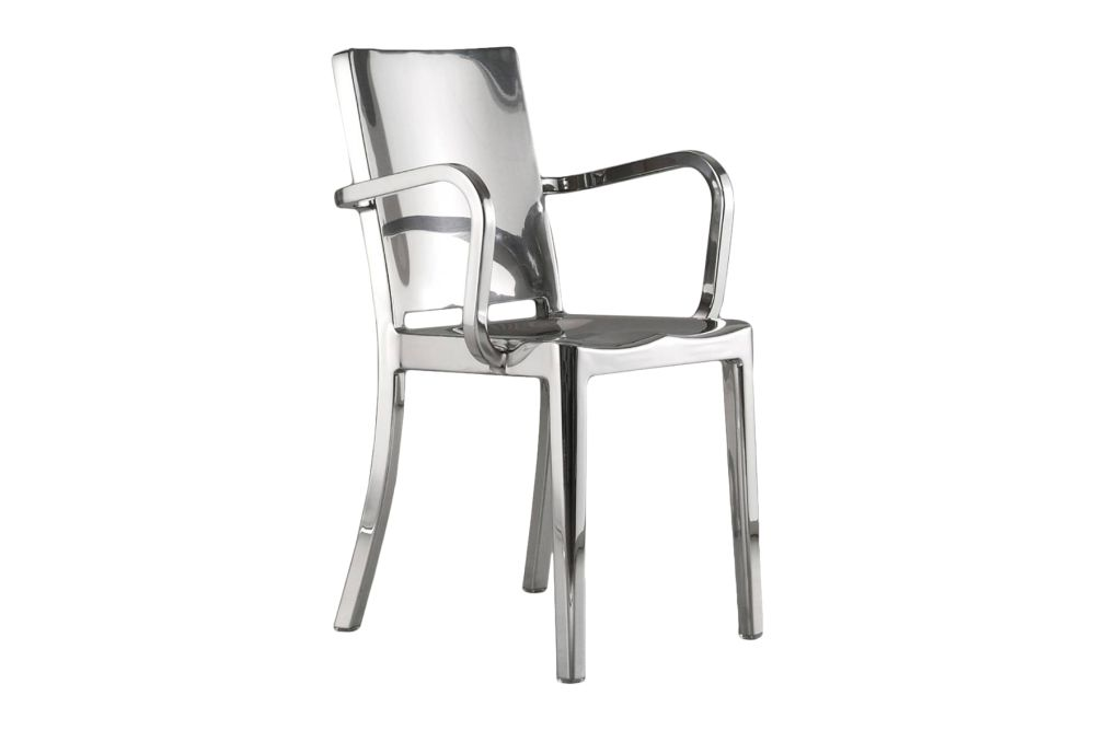 https://res.cloudinary.com/clippings/image/upload/t_big/dpr_auto,f_auto,w_auto/v1606124878/products/hudson-armchair-hand-polished-emeco-philippe-starck-clippings-9312841.jpg