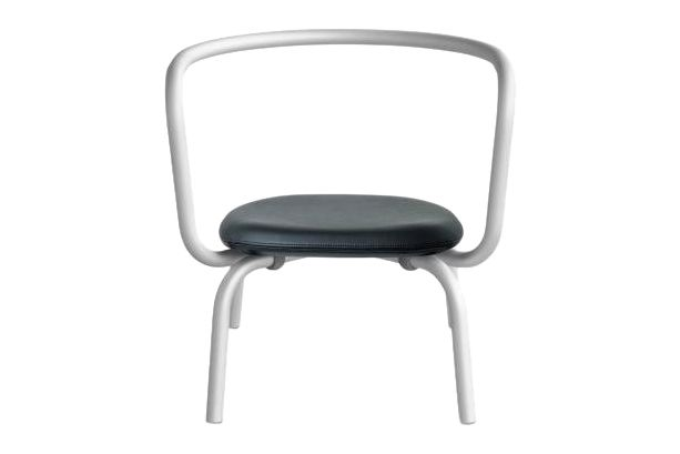 https://res.cloudinary.com/clippings/image/upload/t_big/dpr_auto,f_auto,w_auto/v1606125023/products/parrish-upholstered-lounge-chair-sandblasted-clear-923-grey-leather-emeco-konstantin-grcic-clippings-11348080.jpg