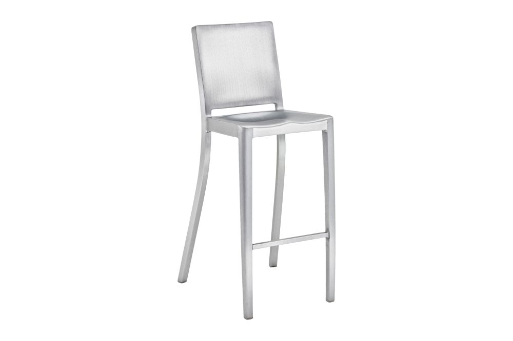 https://res.cloudinary.com/clippings/image/upload/t_big/dpr_auto,f_auto,w_auto/v1606126243/products/hudson-barstool-hand-brushed-emeco-philippe-starck-clippings-9313681.jpg