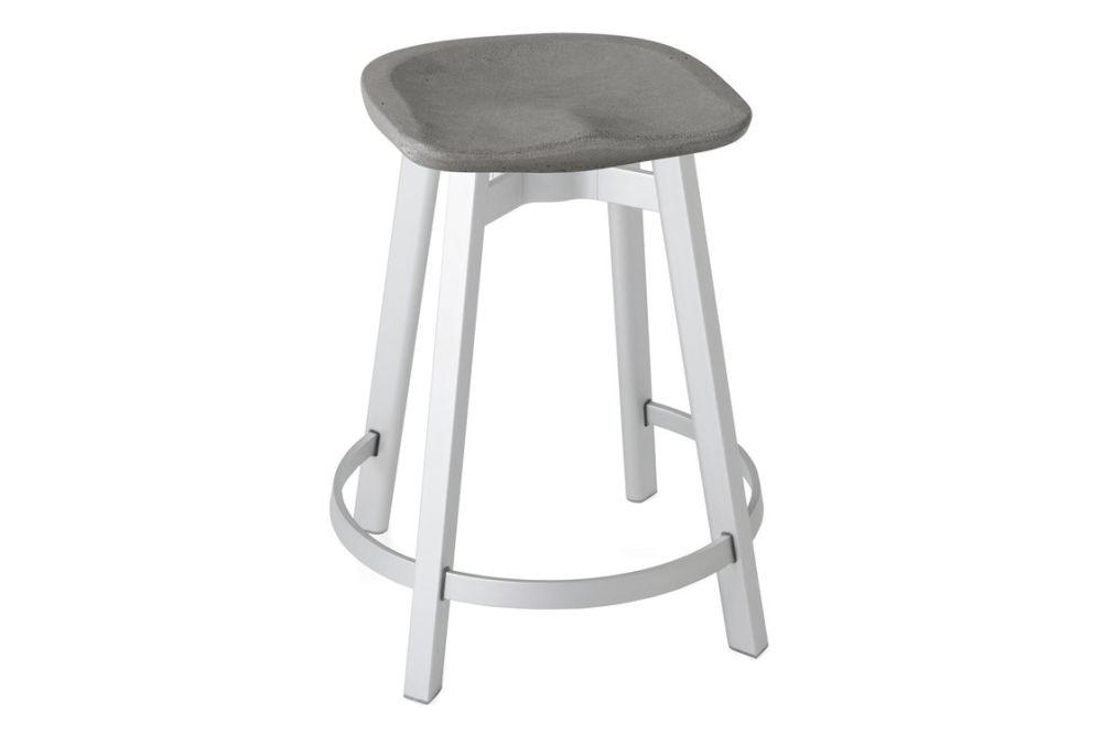 https://res.cloudinary.com/clippings/image/upload/t_big/dpr_auto,f_auto,w_auto/v1606133054/products/su-counter-stool-black-aluminium-charcoal-emeco-nendo-clippings-9354731.jpg