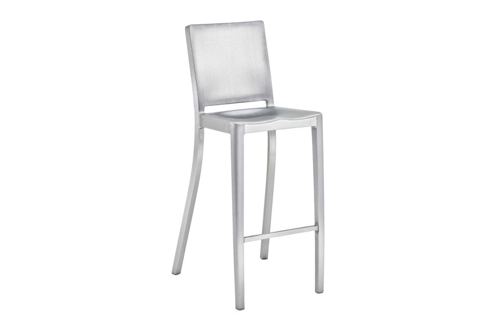 https://res.cloudinary.com/clippings/image/upload/t_big/dpr_auto,f_auto,w_auto/v1606135881/products/icon-barstool-hand-brushed-emeco-philippe-starck-clippings-9312861.jpg