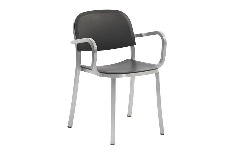 https://res.cloudinary.com/clippings/image/upload/t_big/dpr_auto,f_auto,w_auto/v1606193517/products/1-inch-armchair-dark-grey-hand-brushed-aluminum-emeco-jasper-morrison-clippings-9312131.jpg