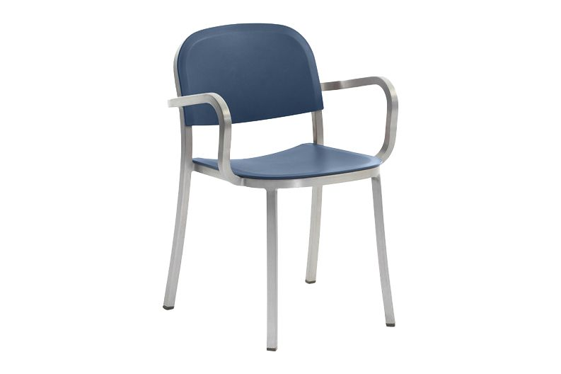 https://res.cloudinary.com/clippings/image/upload/t_big/dpr_auto,f_auto,w_auto/v1606193518/products/1-inch-armchair-blue-hand-brushed-aluminum-emeco-jasper-morrison-clippings-9312101.jpg