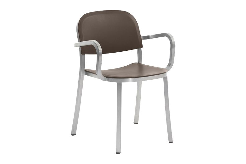 https://res.cloudinary.com/clippings/image/upload/t_big/dpr_auto,f_auto,w_auto/v1606193521/products/1-inch-armchair-brown-hand-brushed-aluminum-emeco-jasper-morrison-clippings-9312111.jpg