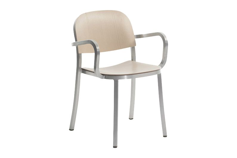 https://res.cloudinary.com/clippings/image/upload/t_big/dpr_auto,f_auto,w_auto/v1606193542/products/1-inch-armchair-ash-hand-brushed-aluminum-emeco-jasper-morrison-clippings-9312201.jpg