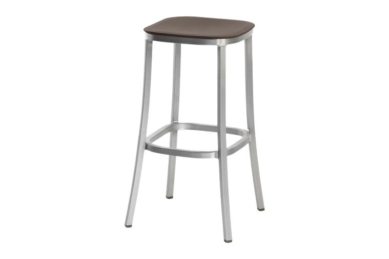 https://res.cloudinary.com/clippings/image/upload/t_big/dpr_auto,f_auto,w_auto/v1606193855/products/1-inch-barstool-brown-hand-brushed-aluminum-emeco-jasper-morrison-clippings-9312681.jpg