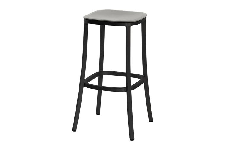 https://res.cloudinary.com/clippings/image/upload/t_big/dpr_auto,f_auto,w_auto/v1606193865/products/1-inch-barstool-blue-dark-powder-coated-aluminum-emeco-jasper-morrison-clippings-9312651.jpg