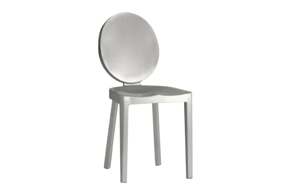 https://res.cloudinary.com/clippings/image/upload/t_big/dpr_auto,f_auto,w_auto/v1606196011/products/kong-dining-chair-hand-brushed-emeco-philippe-starck-clippings-9314431.jpg