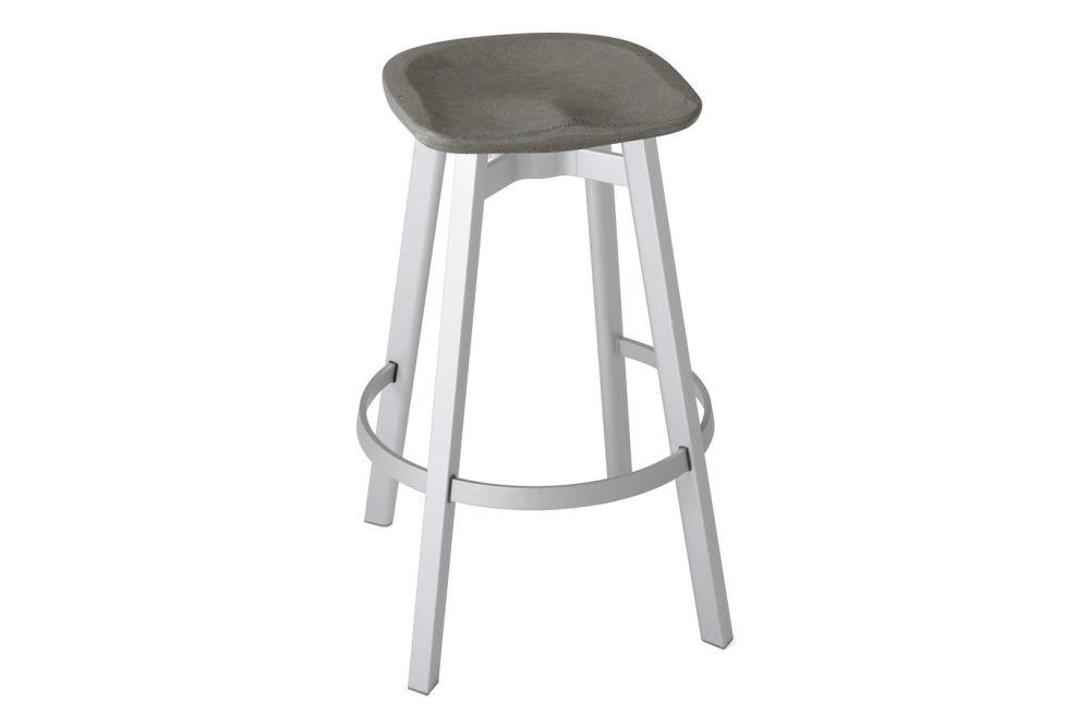 https://res.cloudinary.com/clippings/image/upload/t_big/dpr_auto,f_auto,w_auto/v1606197543/products/su-bar-stool-black-aluminium-charcoal-emeco-nendo-clippings-9354841.jpg
