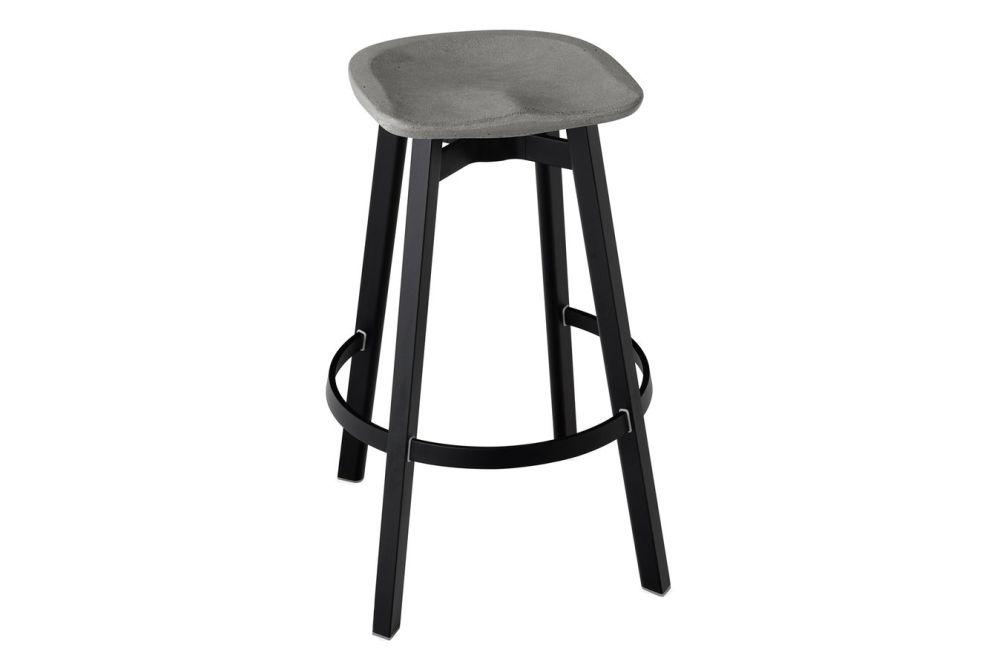 https://res.cloudinary.com/clippings/image/upload/t_big/dpr_auto,f_auto,w_auto/v1606197550/products/su-bar-stool-black-aluminium-flint-grey-emeco-nendo-clippings-9354951.jpg