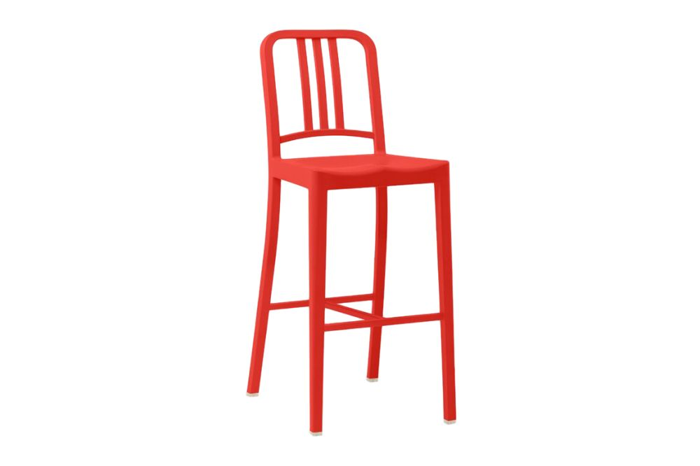https://res.cloudinary.com/clippings/image/upload/t_big/dpr_auto,f_auto,w_auto/v1606199760/products/111-navy-barstool-111-navy-red-emeco-jasper-morrison-clippings-10693011.jpg
