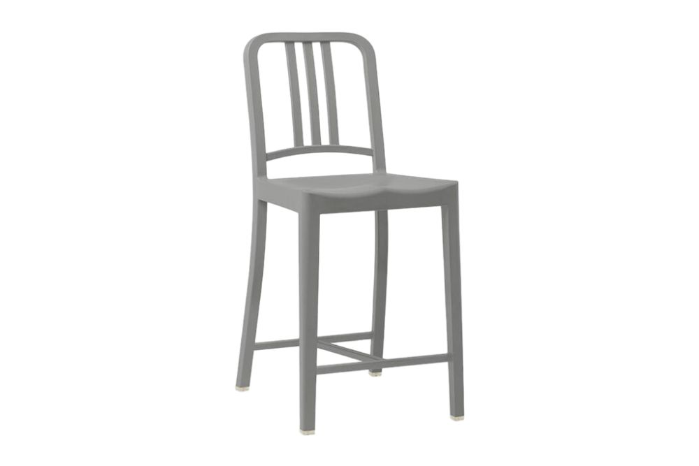 https://res.cloudinary.com/clippings/image/upload/t_big/dpr_auto,f_auto,w_auto/v1606199961/products/111-navy-counter-stool-111-navy-flint-emeco-jasper-morrison-clippings-10692881.jpg