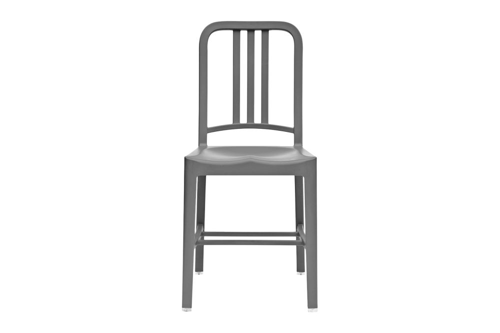 https://res.cloudinary.com/clippings/image/upload/t_big/dpr_auto,f_auto,w_auto/v1606200180/products/111-navy-dining-chair-set-of-2-111-navy-flint-emeco-jasper-morrison-clippings-9082791.jpg