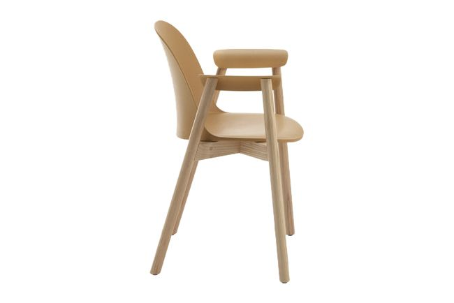 https://res.cloudinary.com/clippings/image/upload/t_big/dpr_auto,f_auto,w_auto/v1606205369/products/alfi-armchair-high-back-emeco-jasper-morrison-clippings-2724252.jpg