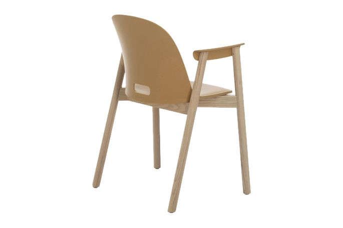 https://res.cloudinary.com/clippings/image/upload/t_big/dpr_auto,f_auto,w_auto/v1606205373/products/alfi-armchair-high-back-emeco-jasper-morrison-clippings-2724272.jpg