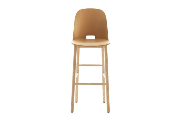 https://res.cloudinary.com/clippings/image/upload/t_big/dpr_auto,f_auto,w_auto/v1606205632/products/alfi-barstool-high-back-emeco-jasper-morrison-clippings-2898442.jpg