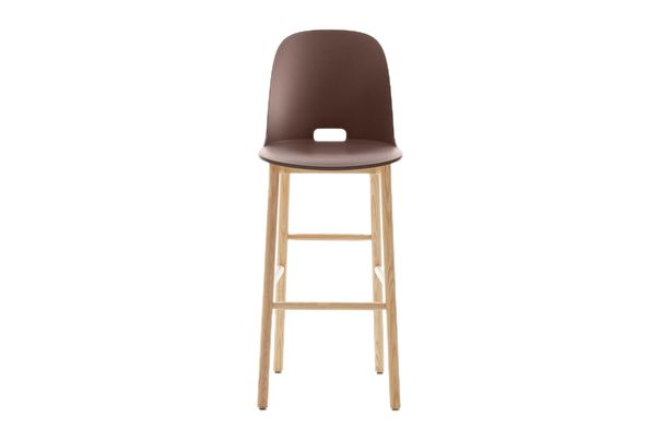 https://res.cloudinary.com/clippings/image/upload/t_big/dpr_auto,f_auto,w_auto/v1606205634/products/alfi-barstool-high-back-emeco-jasper-morrison-clippings-2898462.jpg