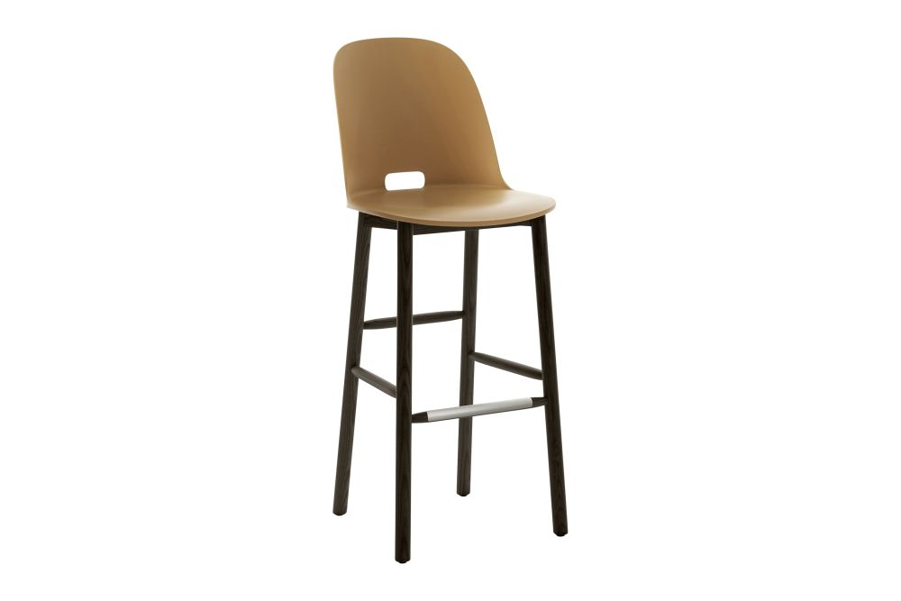 https://res.cloudinary.com/clippings/image/upload/t_big/dpr_auto,f_auto,w_auto/v1606205651/products/alfi-barstool-high-back-sand-dark-stained-ash-frame-emeco-jasper-morrison-clippings-9225831.jpg