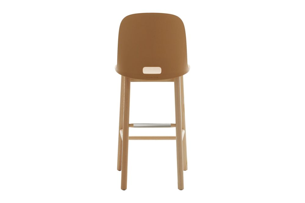 https://res.cloudinary.com/clippings/image/upload/t_big/dpr_auto,f_auto,w_auto/v1606206737/products/alfi-counter-stool-high-back-green-natural-light-ash-frame-emeco-jasper-morrison-clippings-9225581.jpg