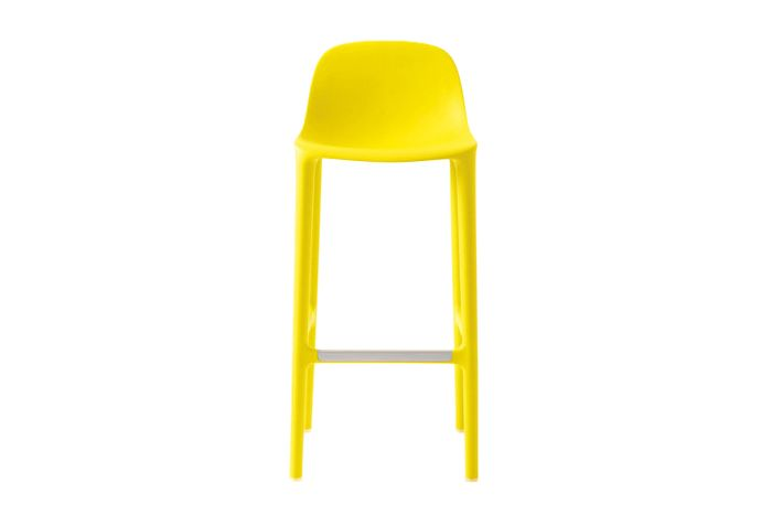 https://res.cloudinary.com/clippings/image/upload/t_big/dpr_auto,f_auto,w_auto/v1606207136/products/broom-barstool-green-emeco-philippe-starck-clippings-2937592.jpg