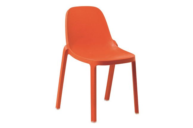 https://res.cloudinary.com/clippings/image/upload/t_big/dpr_auto,f_auto,w_auto/v1606207411/products/broom-stacking-chair-set-of-2-orange-emeco-philippe-starck-clippings-2749222.jpg