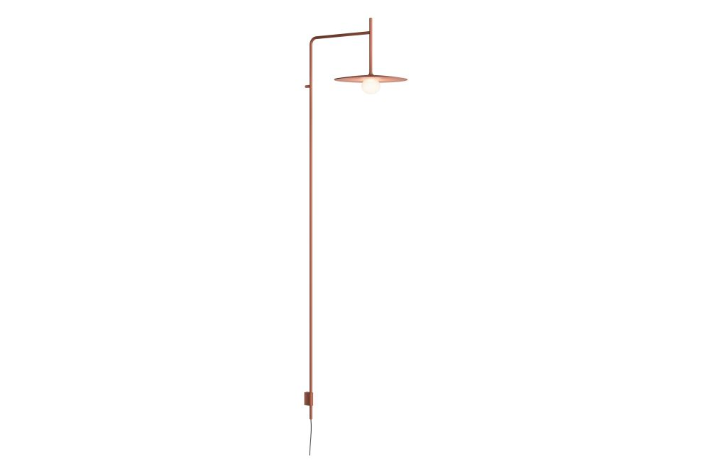 https://res.cloudinary.com/clippings/image/upload/t_big/dpr_auto,f_auto,w_auto/v1606213005/products/tempo-5762-wall-lamp-vibia-lievore-altherr-clippings-11484094.jpg
