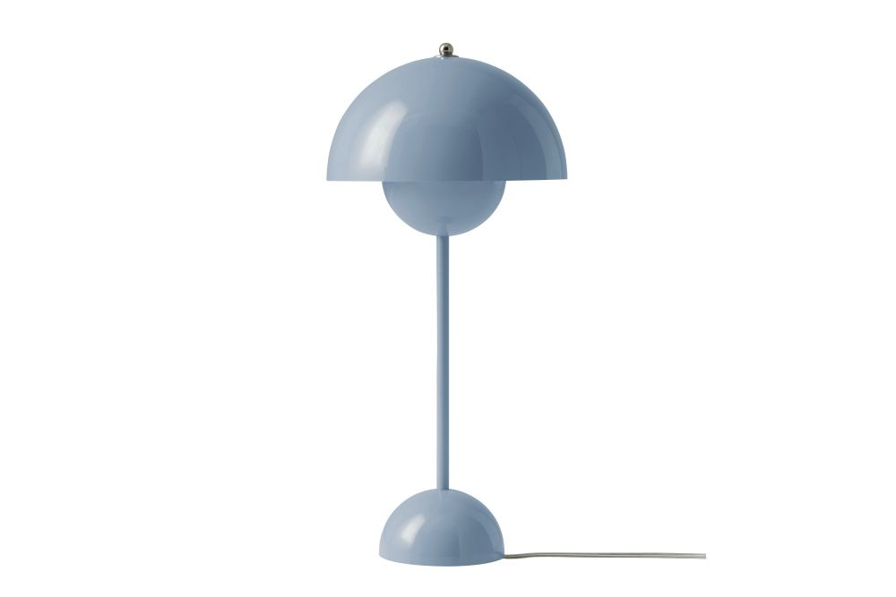 https://res.cloudinary.com/clippings/image/upload/t_big/dpr_auto,f_auto,w_auto/v1606383161/products/flowerpot-vp3-table-lamp-tradition-verner-panton-clippings-11484441.jpg