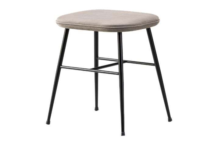Nubuck 501 Light sand, Black, 46.5,Fredericia,Stools,bar stool,furniture,outdoor table,stool,table