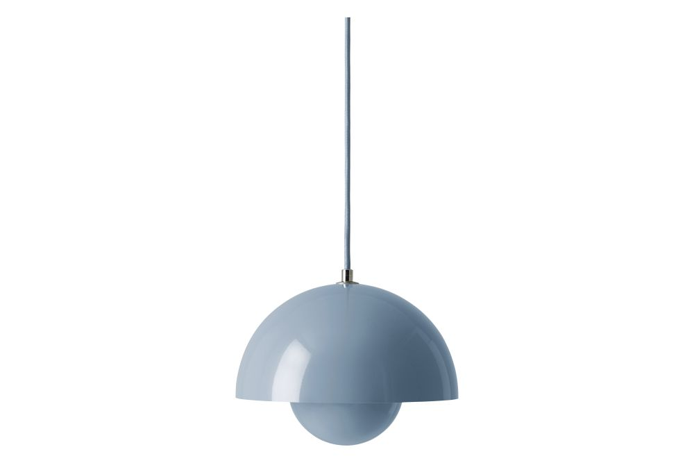 https://res.cloudinary.com/clippings/image/upload/t_big/dpr_auto,f_auto,w_auto/v1606384054/products/flowerpot-vp1-pendant-light-set-of-2-gloss-light-blue-tradition-verner-panton-clippings-11484450.jpg