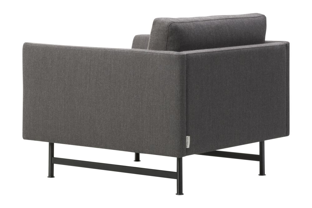 https://res.cloudinary.com/clippings/image/upload/t_big/dpr_auto,f_auto,w_auto/v1606404075/products/calmo-lounge-chair-metal-base-fredericia-hugo-passos-clippings-11278542.jpg