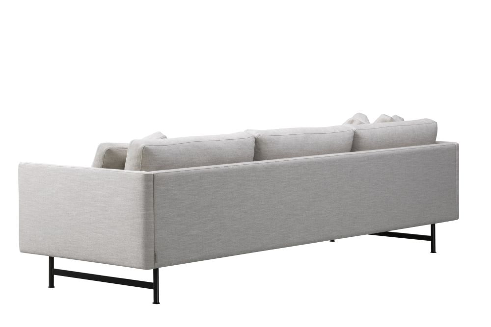 https://res.cloudinary.com/clippings/image/upload/t_big/dpr_auto,f_auto,w_auto/v1606412885/products/calmo-3-seater-metal-base-fredericia-hugo-passos-clippings-11278576.jpg