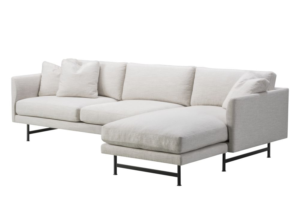 https://res.cloudinary.com/clippings/image/upload/t_big/dpr_auto,f_auto,w_auto/v1606413805/products/calmo-3-seater-chaise-metal-base-fredericia-clippings-11278642.jpg