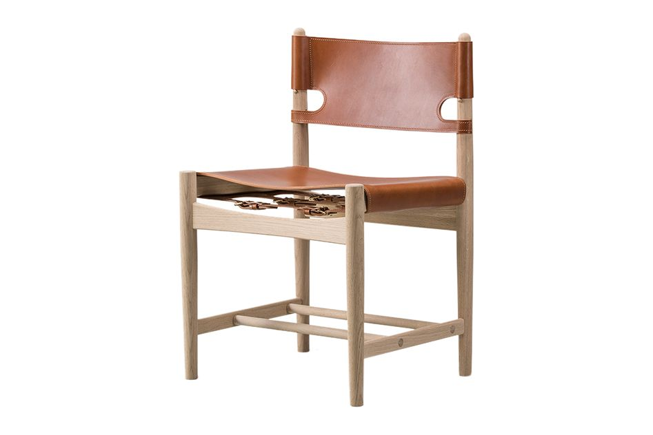 https://res.cloudinary.com/clippings/image/upload/t_big/dpr_auto,f_auto,w_auto/v1606460120/products/the-spanish-dining-chair-oak-oiled-cognac-leather-fredericia-b%C3%B8rge-mogensen-clippings-11199982.jpg