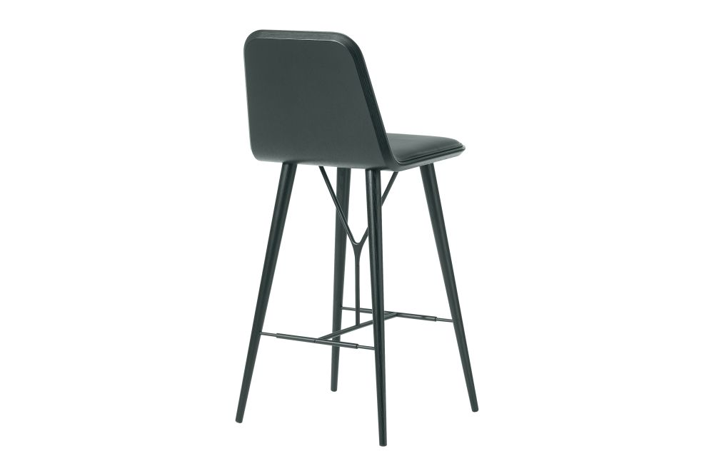 https://res.cloudinary.com/clippings/image/upload/t_big/dpr_auto,f_auto,w_auto/v1606464141/products/spine-wood-base-barstool-fredericia-space-copenhagen-clippings-9415001.jpg