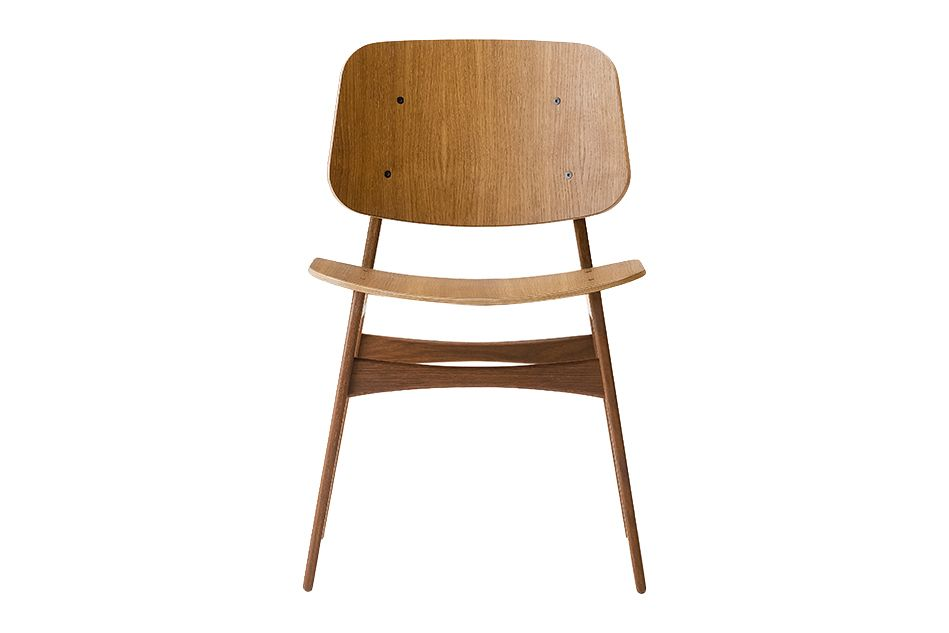 https://res.cloudinary.com/clippings/image/upload/t_big/dpr_auto,f_auto,w_auto/v1606466662/products/soborg-chair-wooden-frame-fredericia-b%C3%B8rge-mogensen-clippings-9442741.jpg