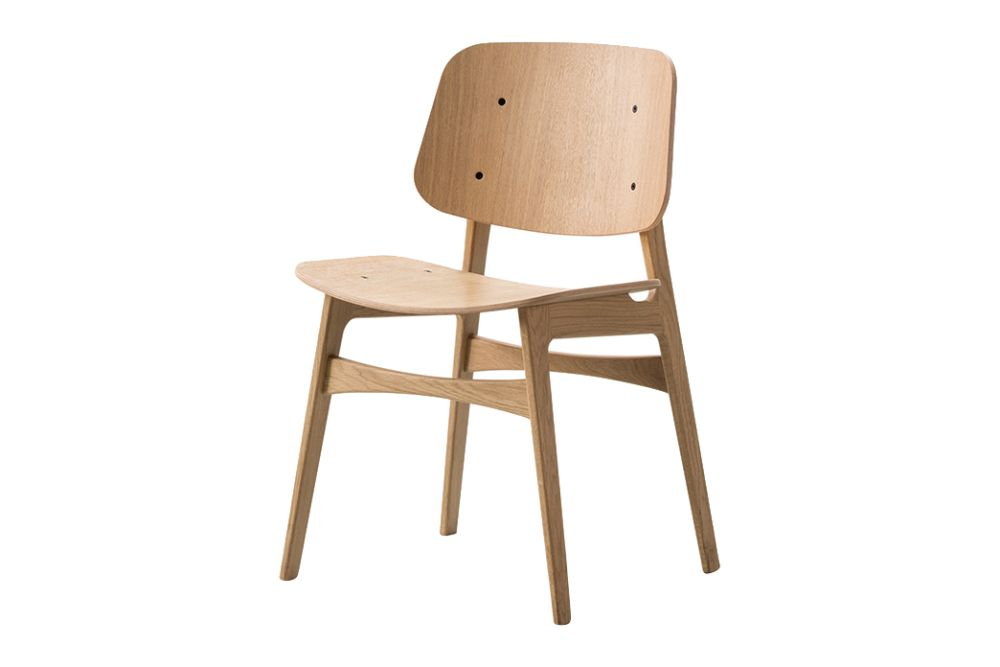 https://res.cloudinary.com/clippings/image/upload/t_big/dpr_auto,f_auto,w_auto/v1606466665/products/soborg-chair-wooden-frame-oak-smoked-stained-fredericia-b%C3%B8rge-mogensen-clippings-9442801.jpg