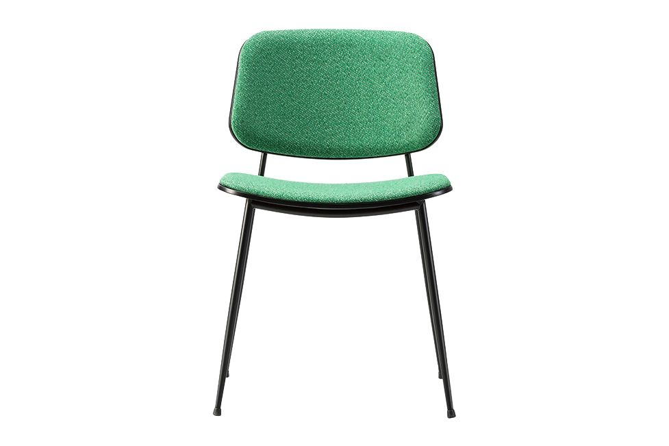 https://res.cloudinary.com/clippings/image/upload/t_big/dpr_auto,f_auto,w_auto/v1606468474/products/soborg-chair-steel-frame-back-and-seat-upholstered-oak-lacquered-sunniva-2-236-chrome-fredericia-b%C3%B8rge-mogensen-clippings-9424071.jpg