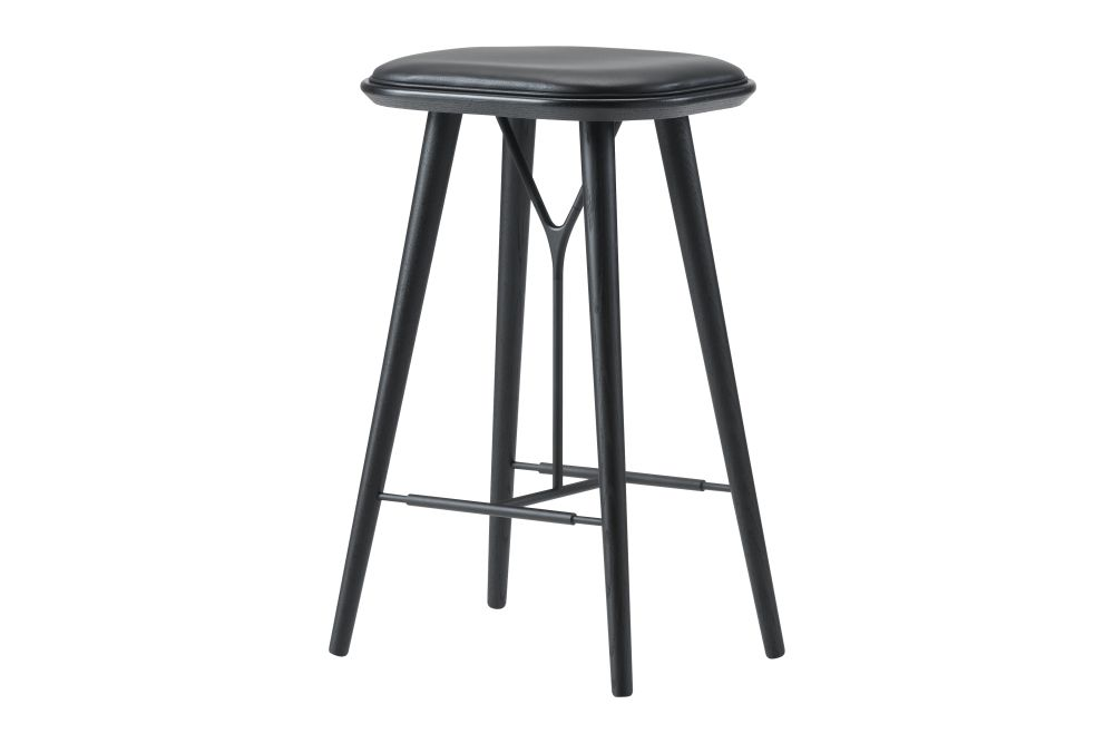 https://res.cloudinary.com/clippings/image/upload/t_big/dpr_auto,f_auto,w_auto/v1606469259/products/spine-wood-base-stool-oak-lacquered-remix-2-113-fredericia-space-copenhagen-clippings-9406871.jpg