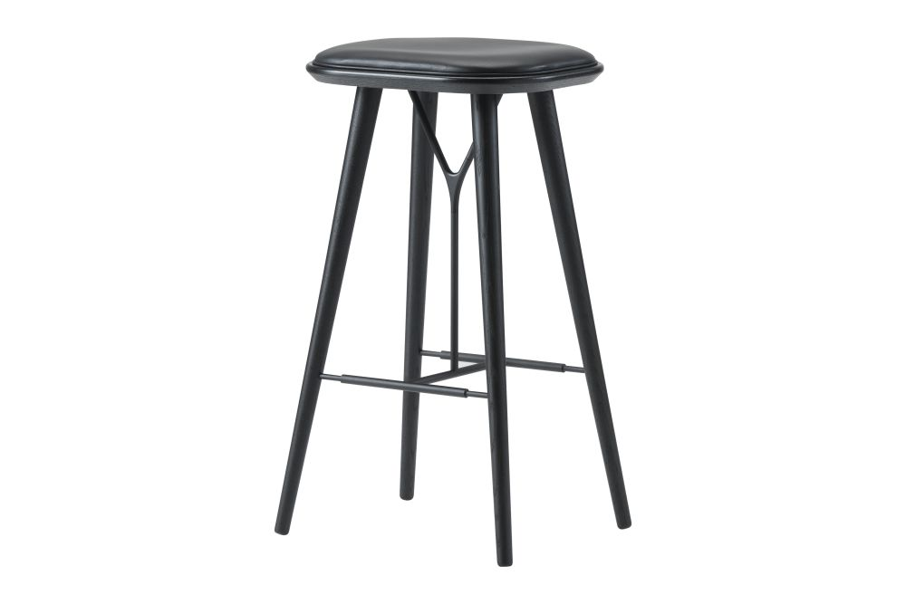 https://res.cloudinary.com/clippings/image/upload/t_big/dpr_auto,f_auto,w_auto/v1606469264/products/spine-wood-base-stool-fredericia-space-copenhagen-clippings-9406931.jpg