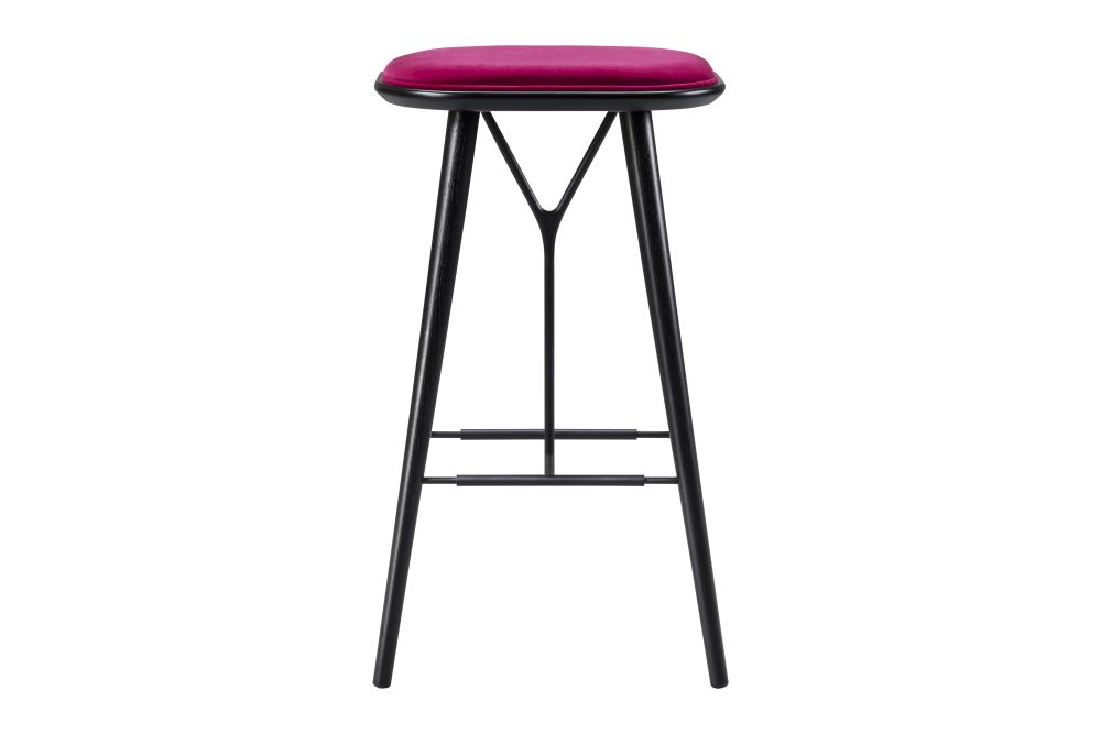 https://res.cloudinary.com/clippings/image/upload/t_big/dpr_auto,f_auto,w_auto/v1606469266/products/spine-wood-base-stool-fredericia-space-copenhagen-clippings-9406961.jpg