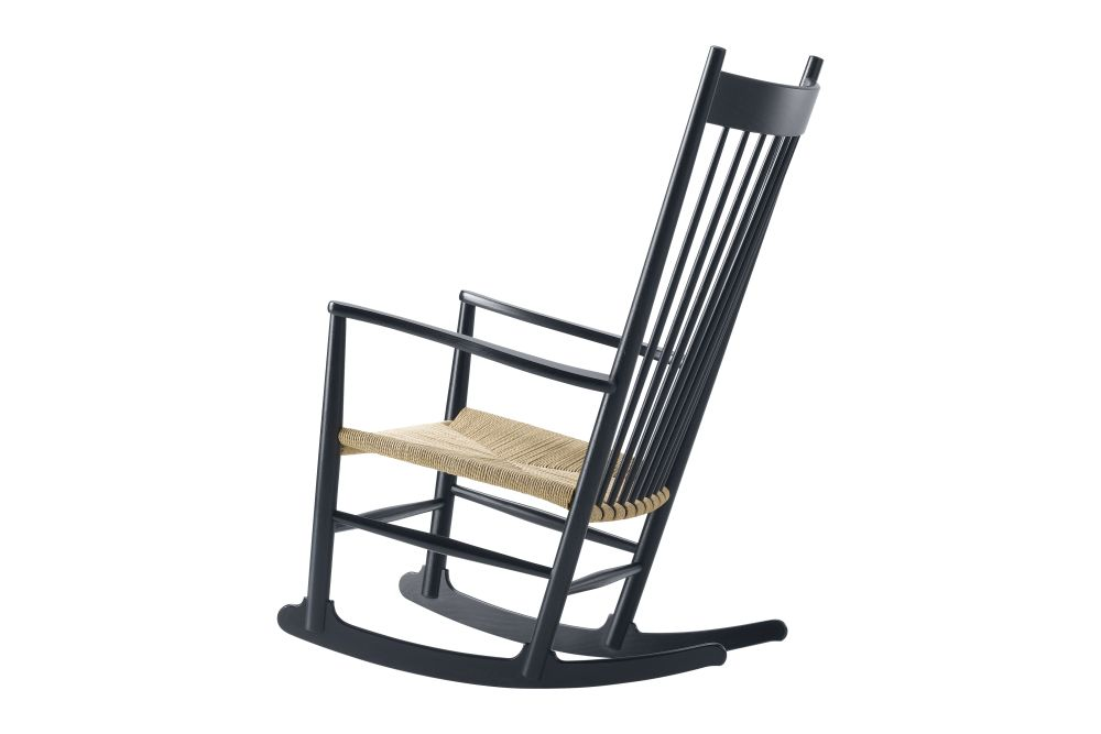 https://res.cloudinary.com/clippings/image/upload/t_big/dpr_auto,f_auto,w_auto/v1606469611/products/j16-rocking-chair-fredericia-hans-j-wegner-clippings-9412621.jpg