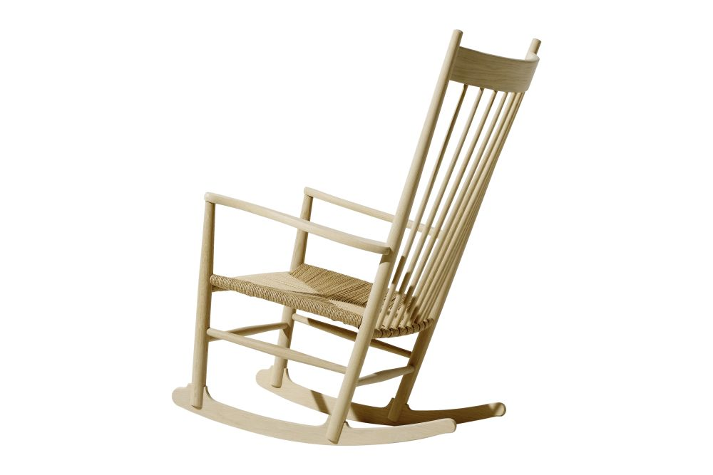 https://res.cloudinary.com/clippings/image/upload/t_big/dpr_auto,f_auto,w_auto/v1606469615/products/j16-rocking-chair-fredericia-hans-j-wegner-clippings-11199573.jpg