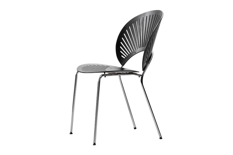 https://res.cloudinary.com/clippings/image/upload/t_big/dpr_auto,f_auto,w_auto/v1606470562/products/trinidad-chair-stackable-fredericia-nanna-ditzel-clippings-11199888.jpg