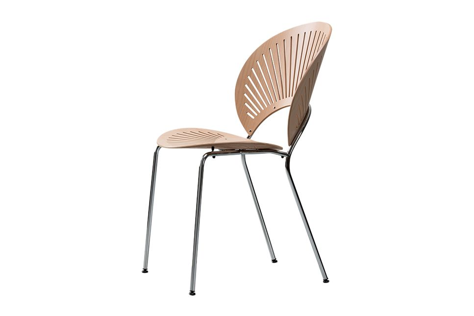 https://res.cloudinary.com/clippings/image/upload/t_big/dpr_auto,f_auto,w_auto/v1606470562/products/trinidad-chair-stackable-lacquered-oak-chrome-fredericia-nanna-ditzel-clippings-11199891.jpg