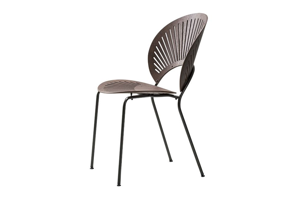 https://res.cloudinary.com/clippings/image/upload/t_big/dpr_auto,f_auto,w_auto/v1606470570/products/trinidad-chair-stackable-fredericia-nanna-ditzel-clippings-11199893.jpg