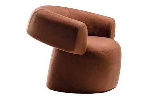 https://res.cloudinary.com/clippings/image/upload/t_big/dpr_auto,f_auto,w_auto/v1607423943/products/ruff-small-armchair-moroso-h-ruff-group-basic-based-moroso-patricia-urquiola-clippings-11487085.jpg