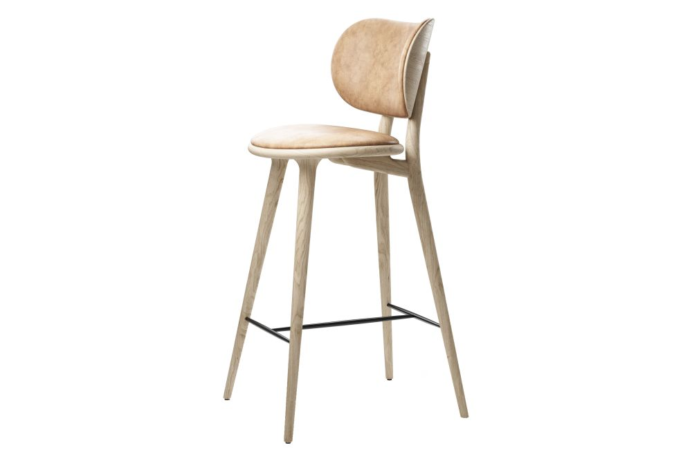 https://res.cloudinary.com/clippings/image/upload/t_big/dpr_auto,f_auto,w_auto/v1608626091/products/high-stool-with-backrest-mater-space-copenhagen-clippings-11488708.jpg