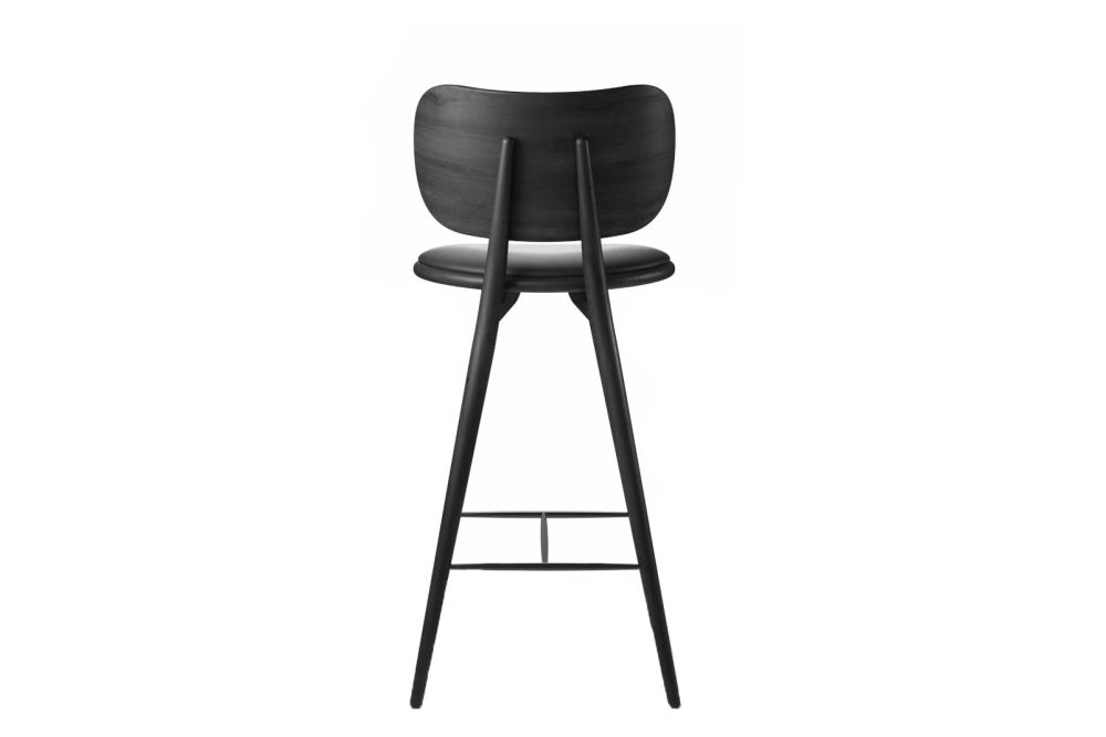 https://res.cloudinary.com/clippings/image/upload/t_big/dpr_auto,f_auto,w_auto/v1608626125/products/high-stool-with-backrest-mater-space-copenhagen-clippings-11488713.jpg