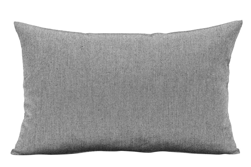https://res.cloudinary.com/clippings/image/upload/t_big/dpr_auto,f_auto,w_auto/v1612418104/products/barriere-pillow-skagerak-skagerak-design-clippings-11493463.jpg